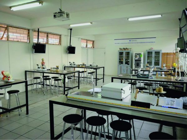 Laboratorio Full Tech